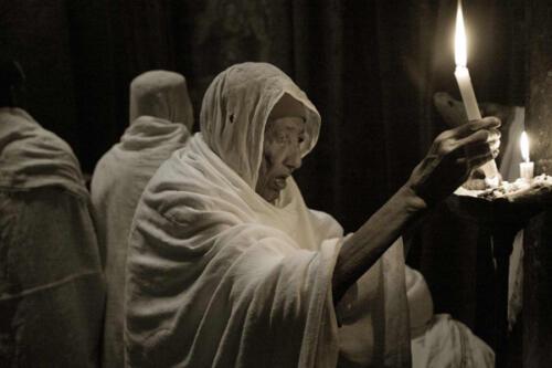 Preghiera a Lalibela (Etiopia del nord) di Franco Rivetta Secondo Classificato