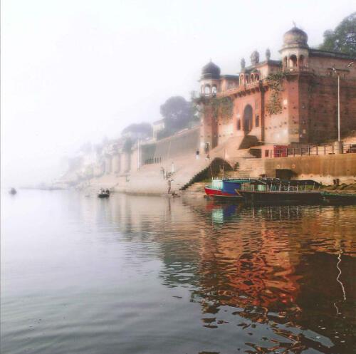 Sul Gange a Benares di Giulio Montini Terzo Classificato